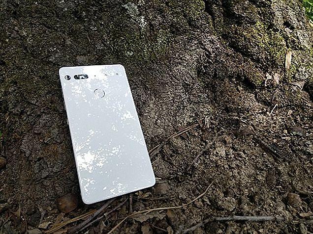 Si vous avez besoin d'un nouveau téléphone, Essential Phone constitue une valeur fantastique.  Voici pourquoi c'est mon téléphone Android préféré jamais.