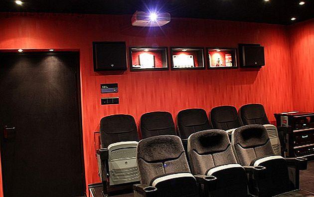 Construire un home cinéma peut être un processus coûteux.  Cependant, avec ces conseils, vous pouvez construire un grand cinéma maison pour pas cher.