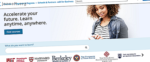 Vous souhaitez accéder à des cours gratuits de niveau collégial?  Voici quelques-uns des meilleurs sites pour suivre des cours en ligne gratuits.