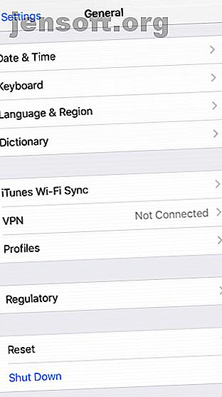 कैसे iTunes के बिना अपने iPhone को पुनर्स्थापित करने के लिए सोच रहा था?  यहां Apple के सॉफ़्टवेयर के बिना रीसेट करने और पुनर्स्थापित करने के लिए एक गाइड है।