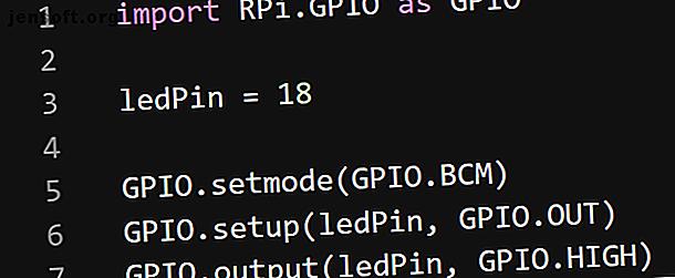 La bibliothèque Python RPi.GPIO est standard pour la programmation des broches GPIO du Raspberry Pi, mais GPIO Zero est sans doute mieux.