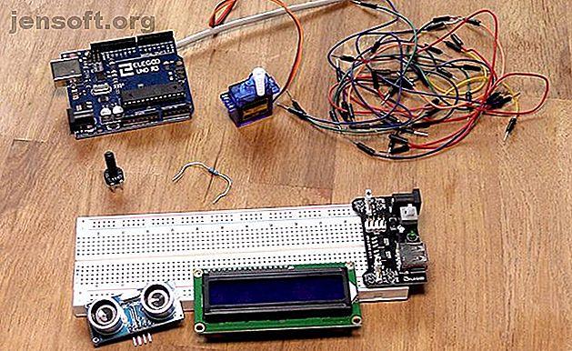 Vous voulez apprendre la robotique mais n'avez aucune compétence en programmation?  C'est simple avec l'IDE graphique Xod et un robot contrôlé par Arduino.