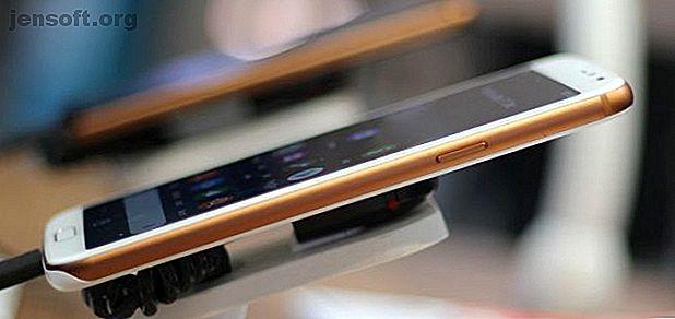 El Doro 8080 es un teléfono inteligente de gama alta para personas mayores que se lanzará en los Estados Unidos y Gran Bretaña en 2019.