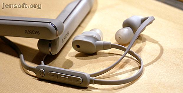 Sony no solo lanzó nuevos auriculares con banda para el cuello, sino que también ayudará a los artistas y a optimizar su experiencia de audio.  Averiguar como.